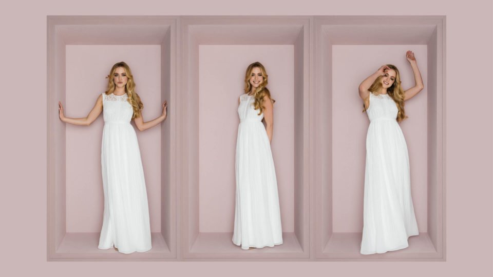 Hochgeschlossenes Brautkleid mit Spitzenträgern