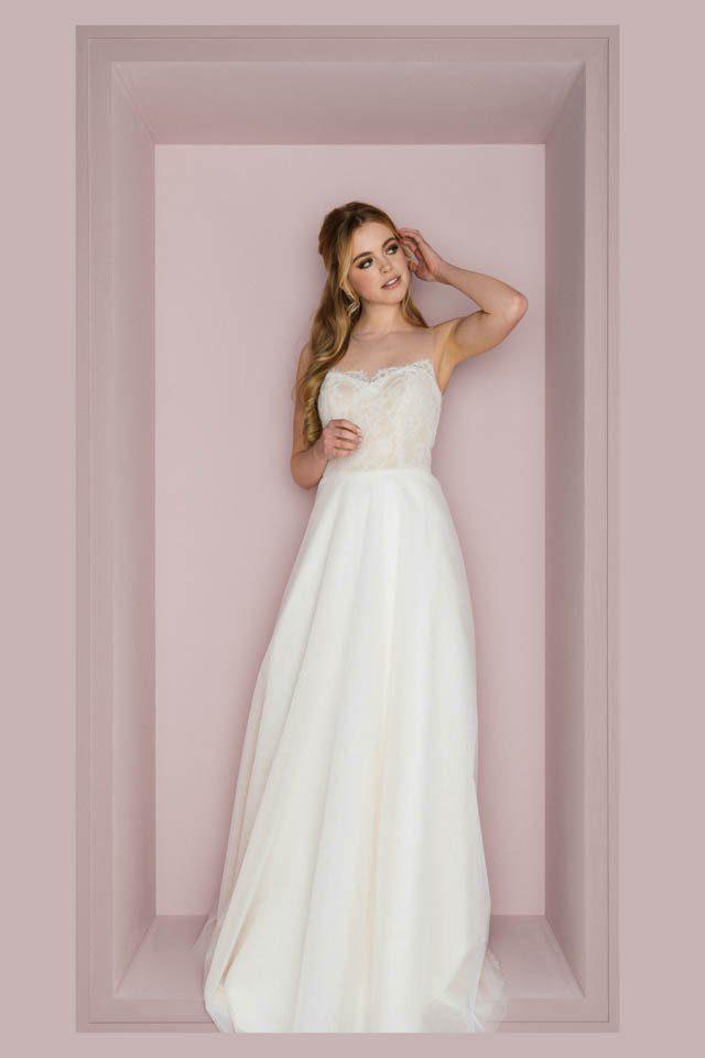 Brautkleid mit tiefem Rücken und Nude farbener Corsage – Loni