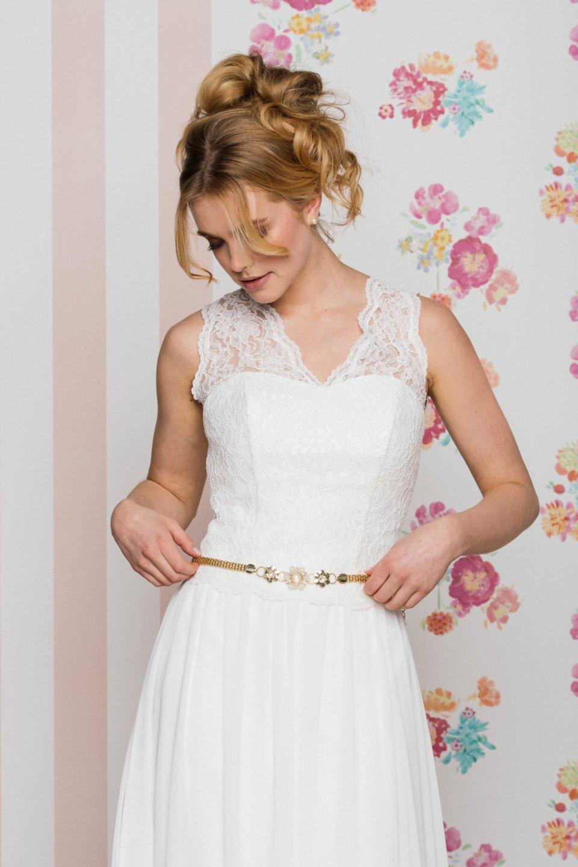 Hochzeitskleid mit Spitzenträgern