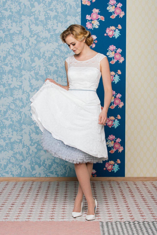 Brautkleid 50er Jahre mit Petticoat