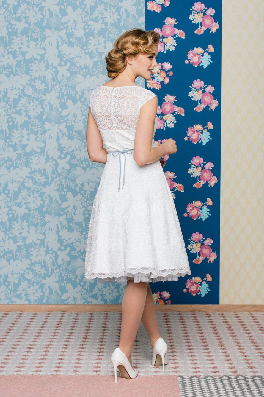 Brautkleider 50er Jahre mit Petticoat