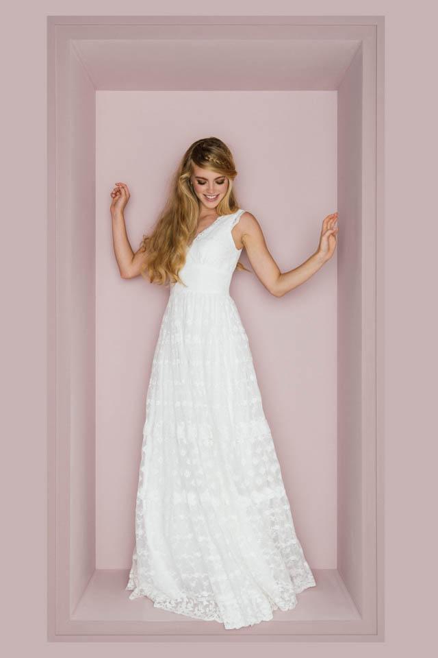 Qualitätsprodukte Online-Verkauf Details für Brautkleid Hippie Style mit Trägern und unglaublicher Spitze!