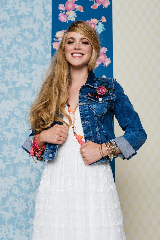 Brautkleid Hippie Style mit Jeansjacke