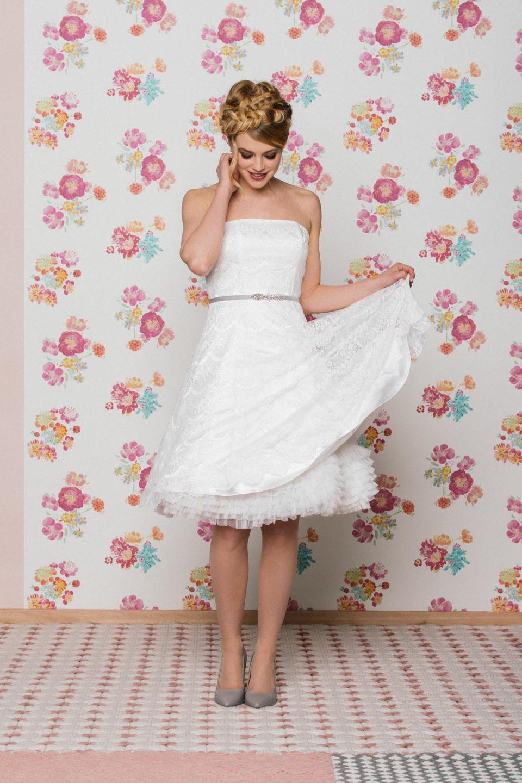 kurzes Brautkleid Petticoat