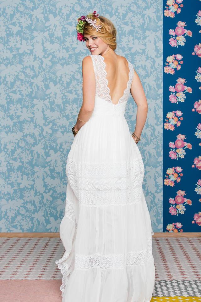Boho Hochzeitskleid – fließend zart mit Spitzenträgern – Amaia