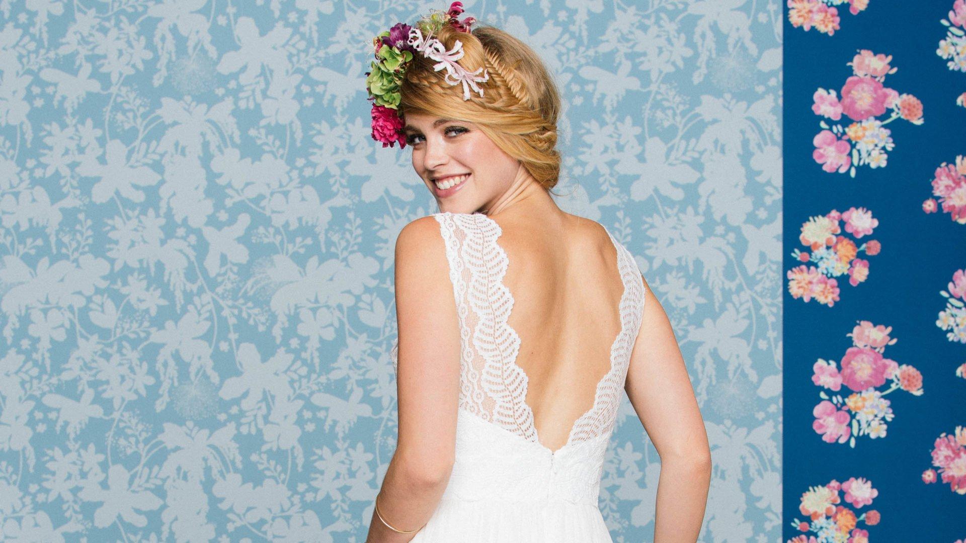Brautkleid mit Traegern