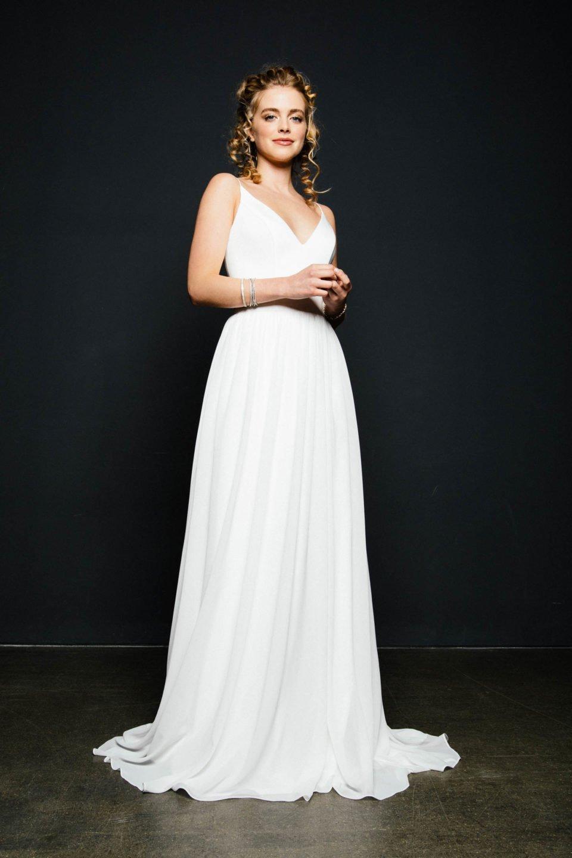 Brautkleid puristisch