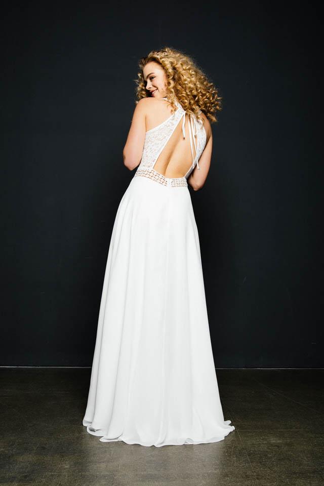 Brautkleid mit Rückenausschnitt, Spitze & viel Transparenz – Alea