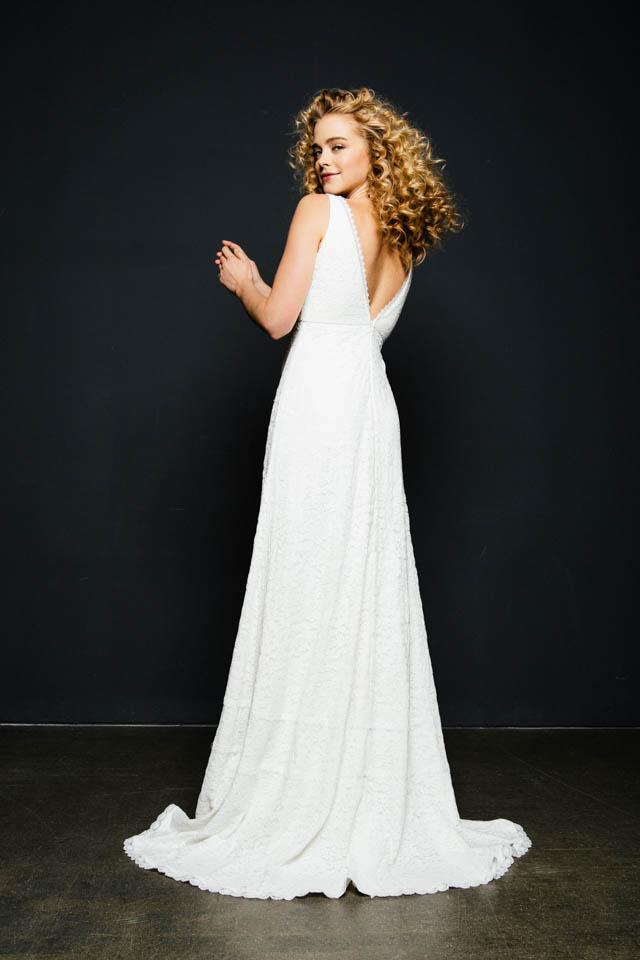 Brautkleid mit V-Ausschnitt & Boho Charme – Milou