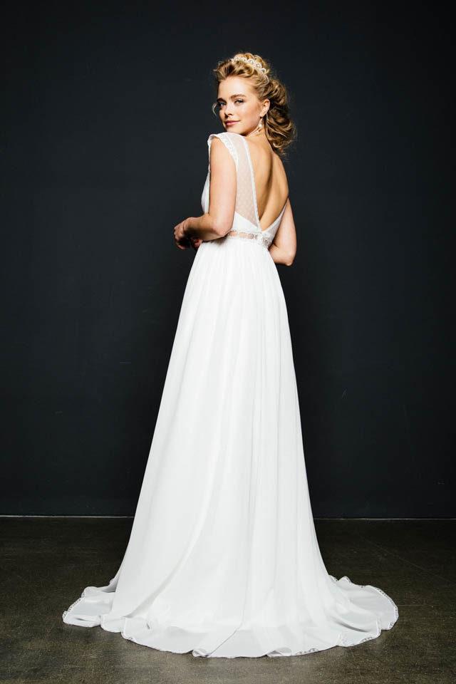 Empire Brautkleid mit Trägern & tiefem Rücken – Dornröschen