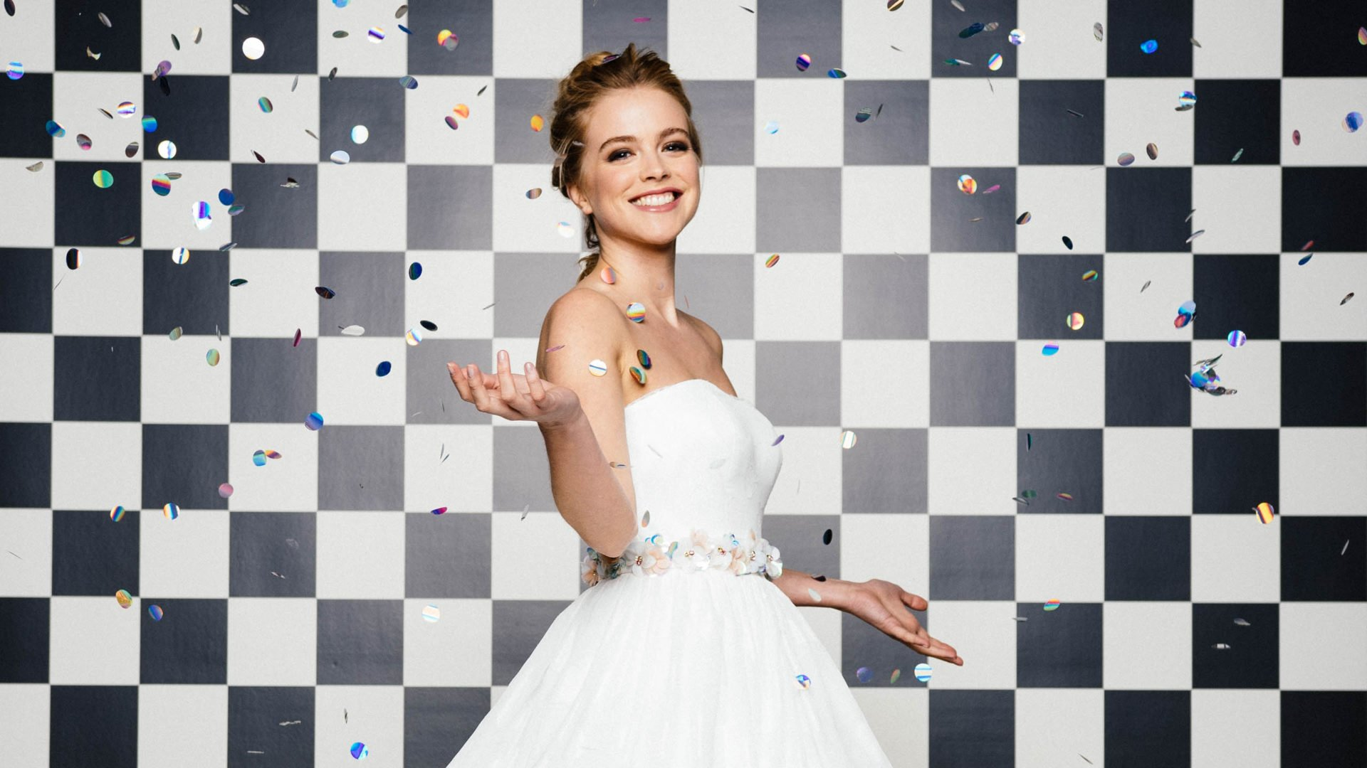 schulterfreie Brautkleider mit Corsage