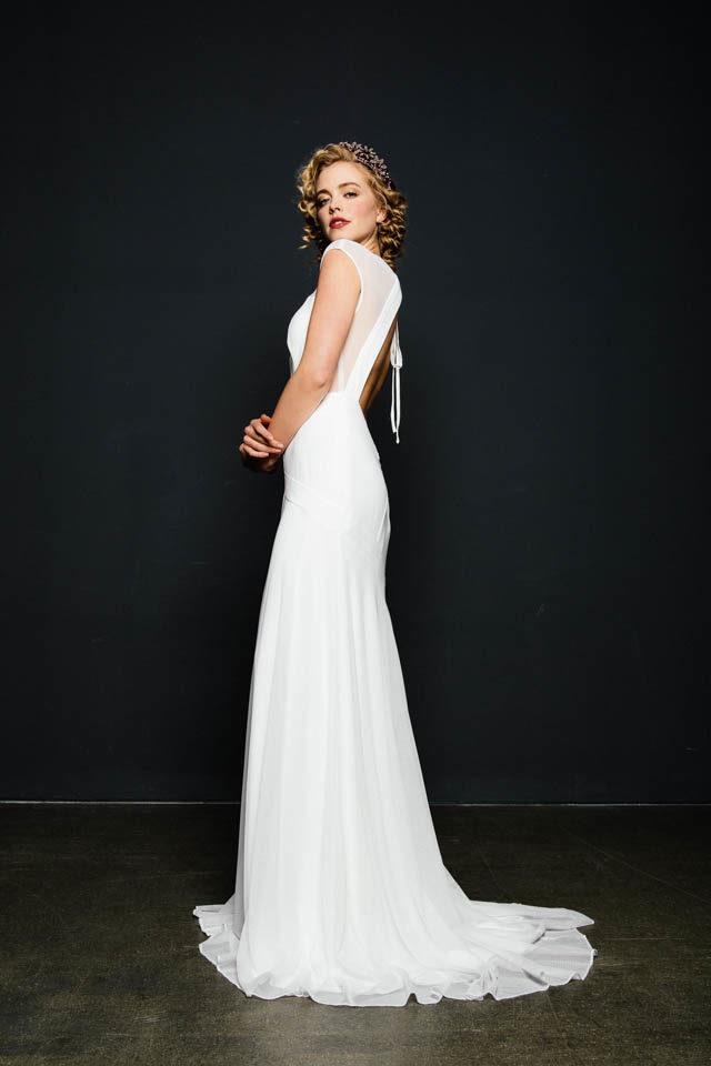 Sexy Brautkleid mit mega Rückenausschnitt – Moon