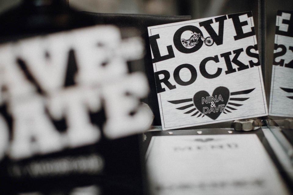 Love Rocks, Papeterie mit Motorrad Deko