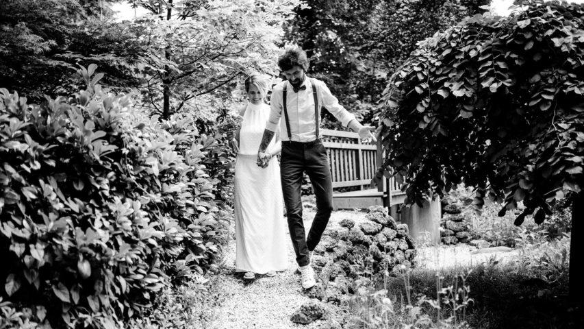 Freie Trauung am See | herrlich unkompliziertes Sommerfest im Boho Brautkleid