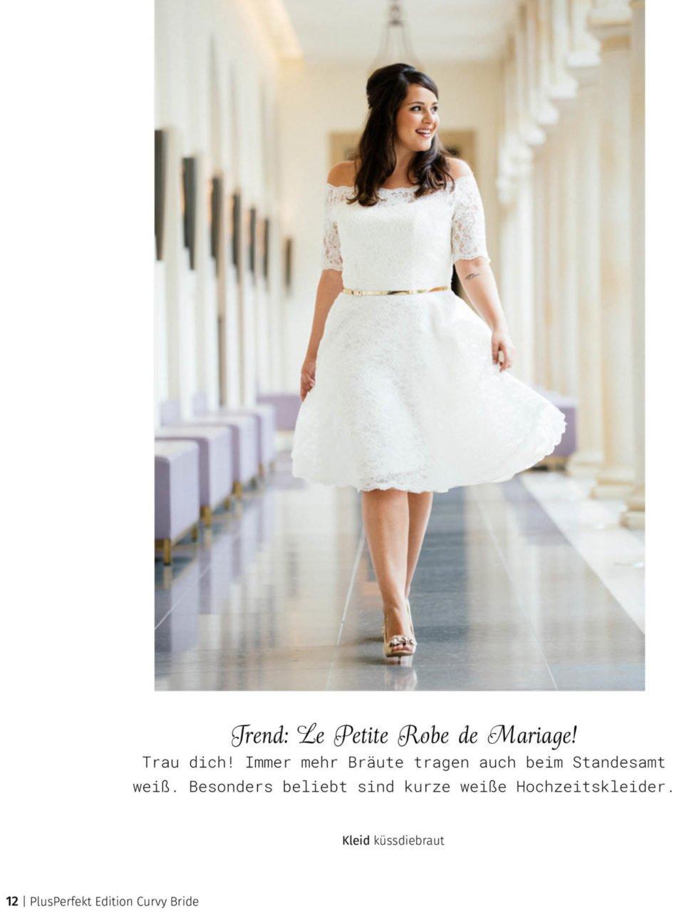 Kurzes Vintage Brautkleid in der Curvy Bride Edition
