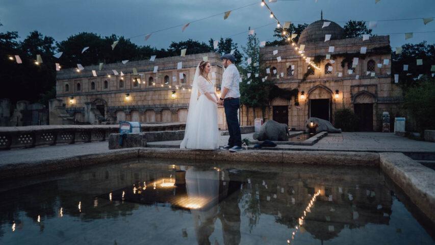 Hochzeit im Juli mit 3 Brautoutfits