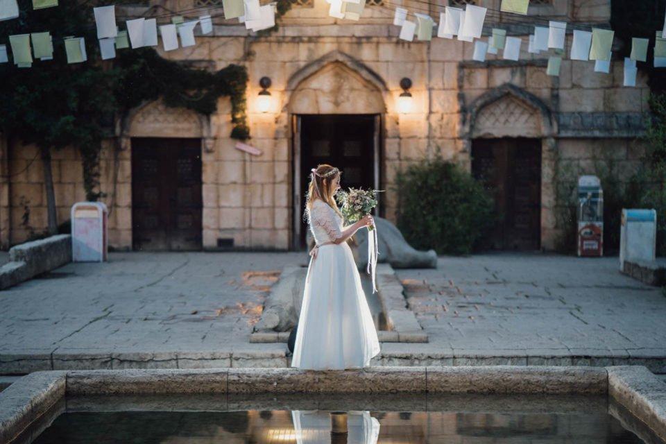 Hochzeit im Zoo Hannover, Braut mit Tüllrock über dem kurzen Brautkleid