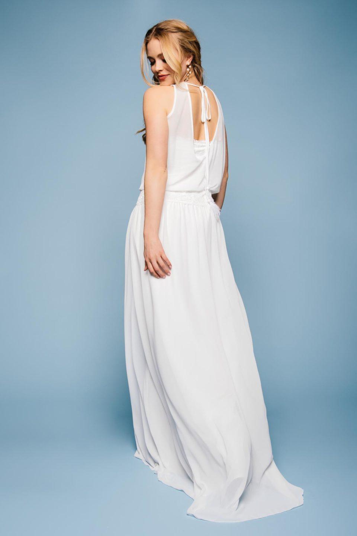 Brautkleid mit Chiffon von hinten