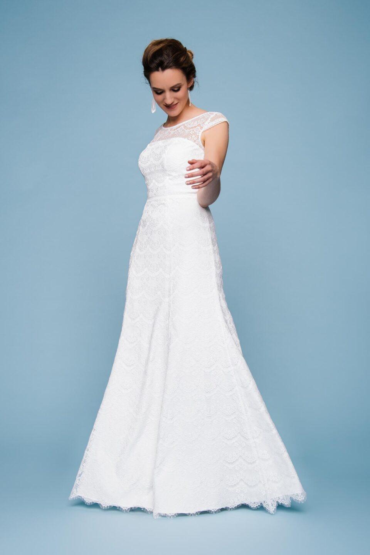 Brautkleid mit Spitze in A-Linie