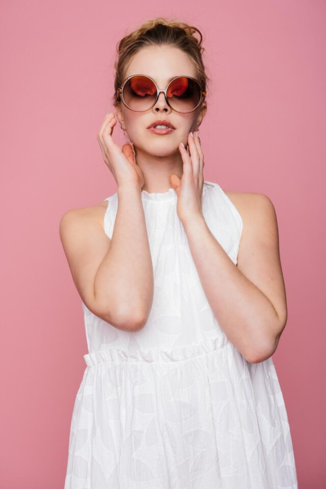 Kurzes Sommer Brautkleid – bezaubernd gecrashtes Stufenkleid – Lexi