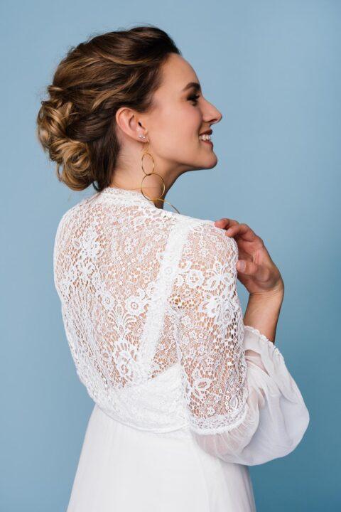 Seiden-Spitzen-Mantel für die Braut
