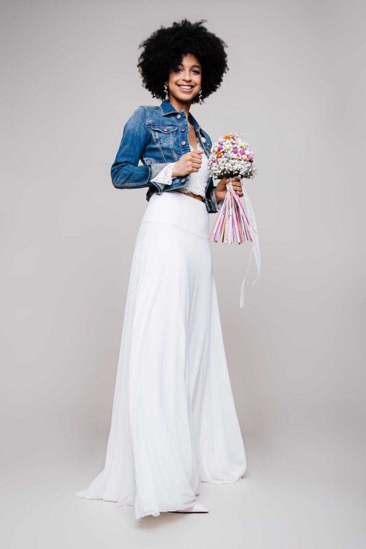 Brautkleid Zweiteiler aus Chiffon Hochzeitsrock und Jeansjacke