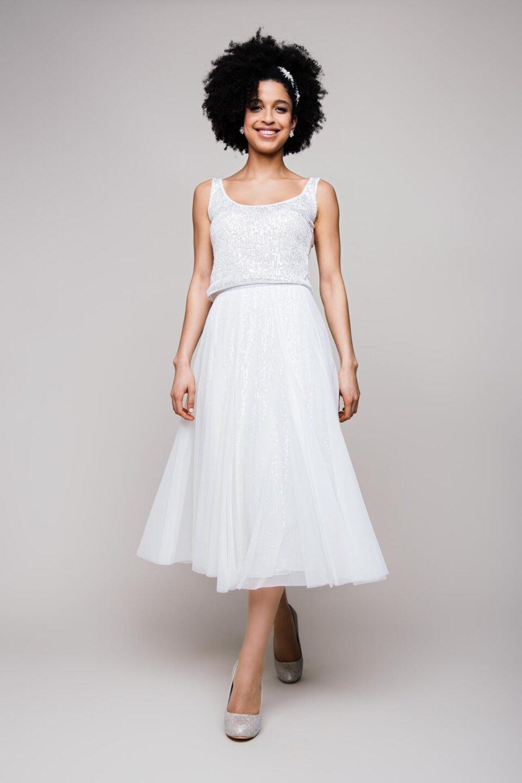 Wadenlanges Brautkleid