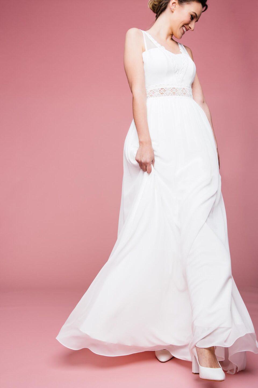 Märchenhaftes Brautkleid mit transparenter Taille
