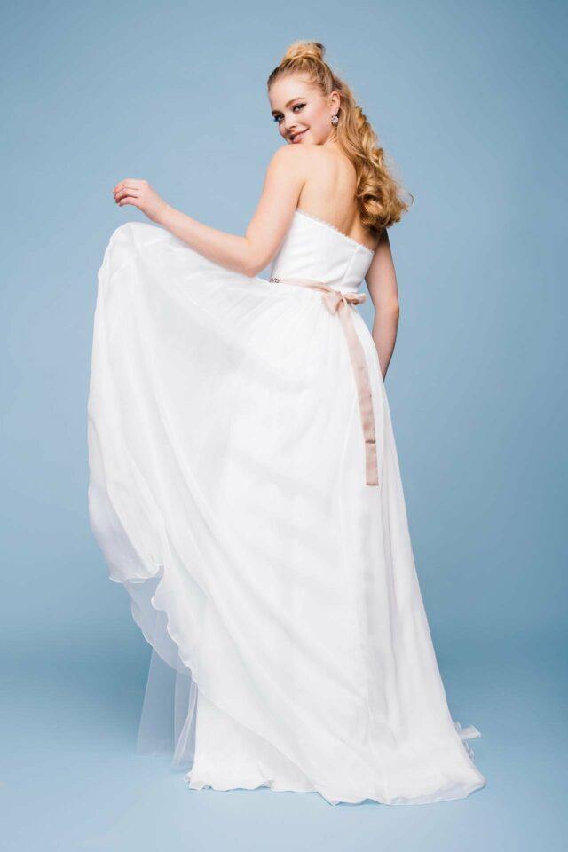Brautkleid Seide – Corsagenkleid mit Spitzenkante & Seiden Chiffon Rock –  Star