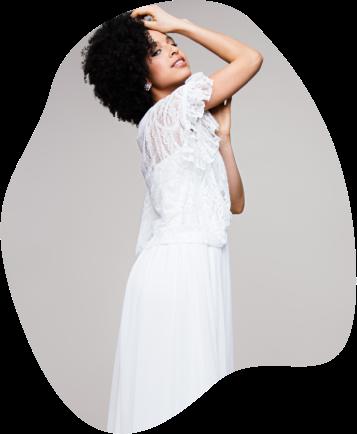 Hier dreht sich alles um Boho, aber Hallo! Entdecke unsere liebsten Bohemian Hochzeitskleider und die schönsten Boho Inspirationen aus unserem Hochzeitsblog. Lass' dich ganz vielfältig und wunderschön bohème inspirieren!