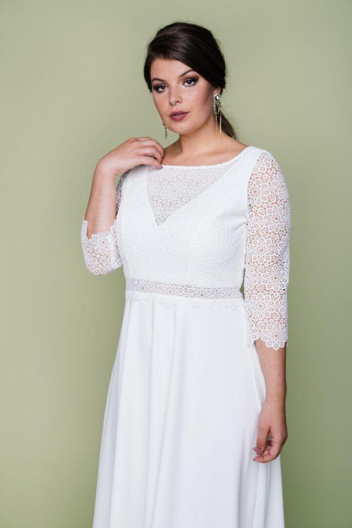 Plus Size Brautkleid mit Spitzenoberteil