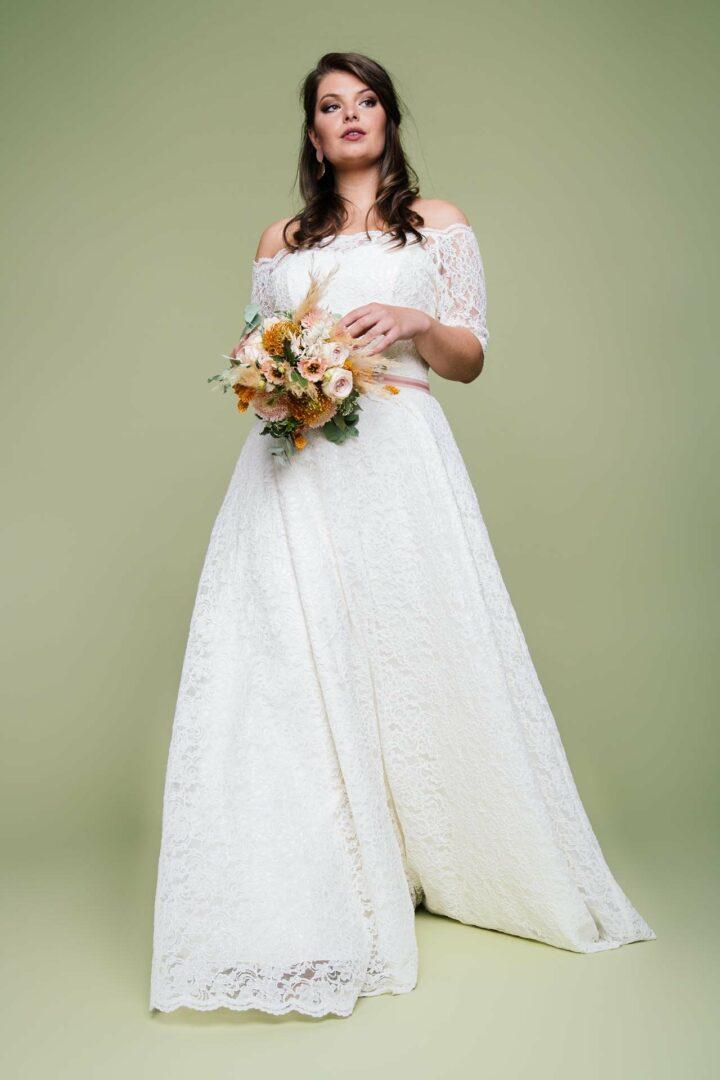 Brautkleid Spitze in großer Größe