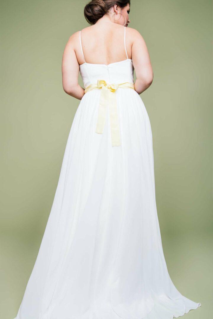 Plus Size Brautkleid schlicht