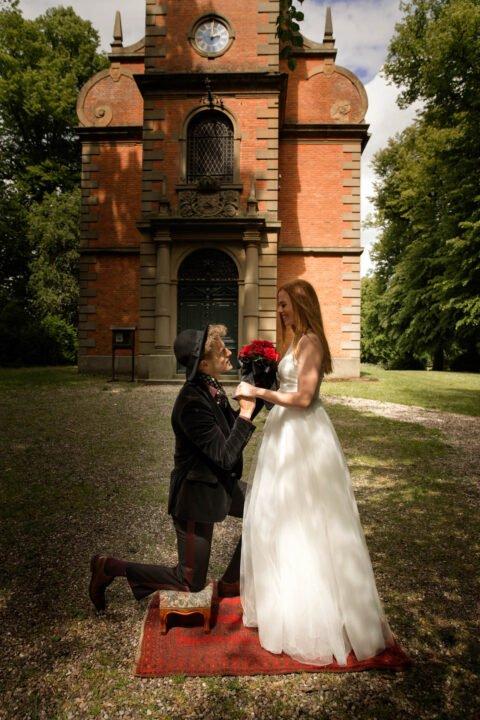 Langer Tüllrock zur Hochzeit mit Spitzenoberteil