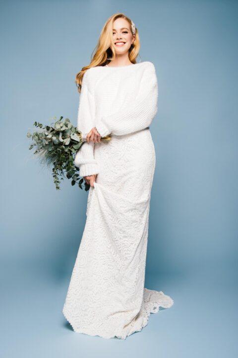 Brautpullover zum langen Brautkleid