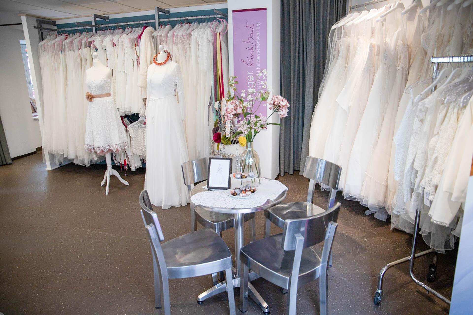 Brautmode UEBERLINGEN am Bodensee