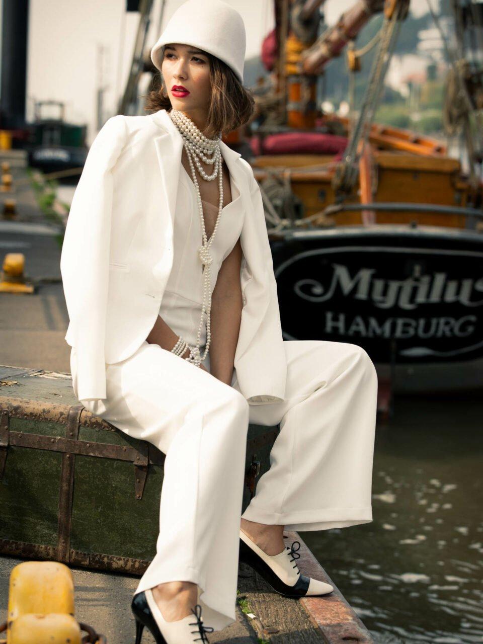 Hosenanzug zur Hochzeit im 20er Jahre Gatsby Look