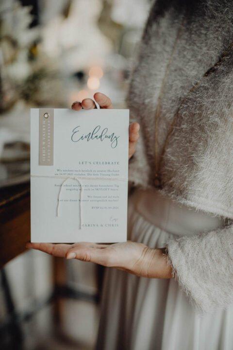 Einladungskarte bei natürlicher Hochzeit