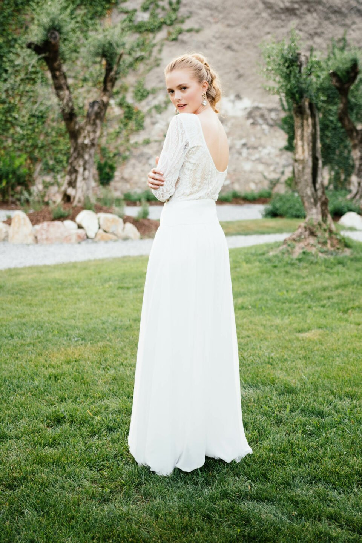 Hosenrock Hochzeit mit weitem Bein und Braut Body mit schönem Rücken