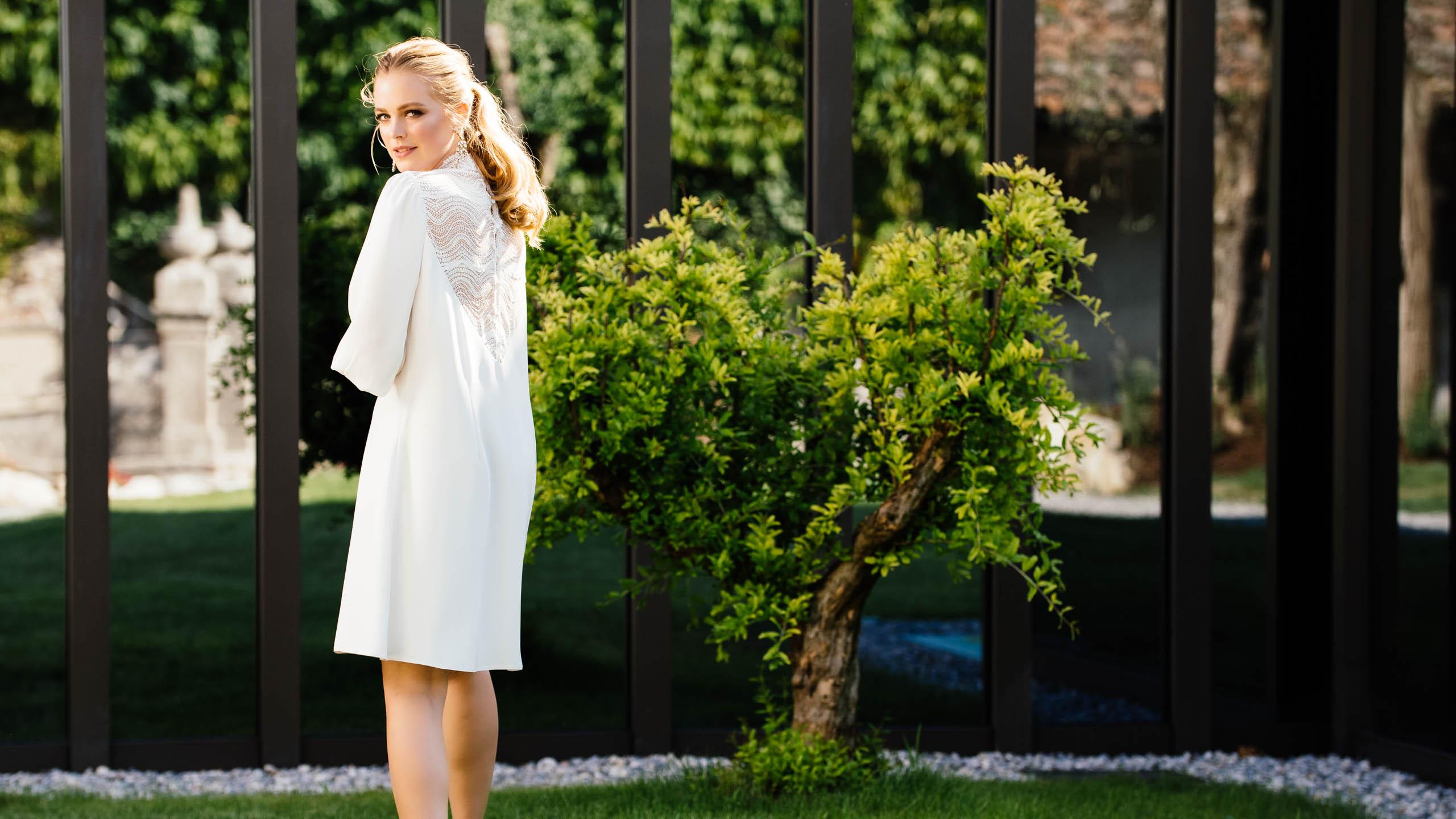 Nachhaltiges Standesamt Brautkleid kurz