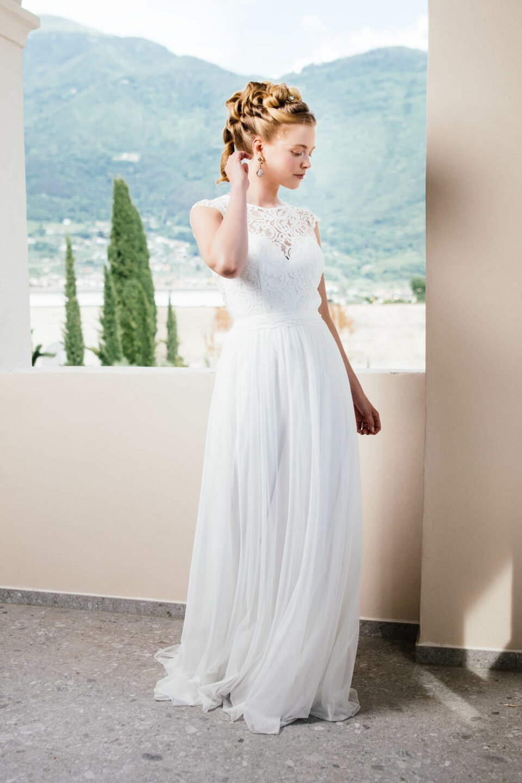 Fließendes Brautkleid im Boho Stil