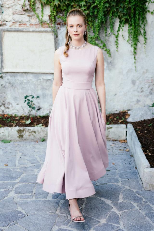 Brautkleid farbig in Mauve – schwingendes Standesamtkleid in Knöchellänge – Tiffany