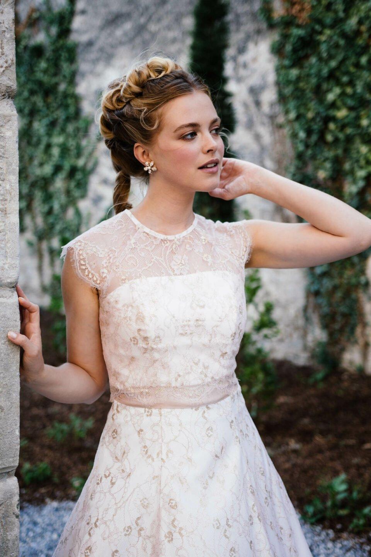 Brautkleid Rosa mit Rosé farbenen Seidenband