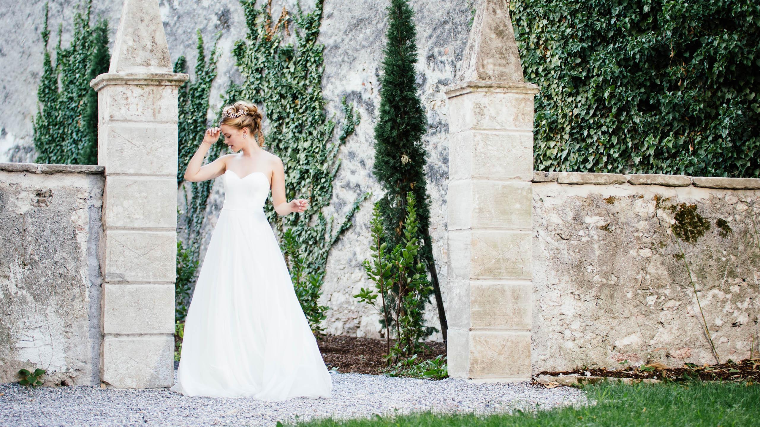 Sweetheart Brautkleid modern mit Herzcorsage