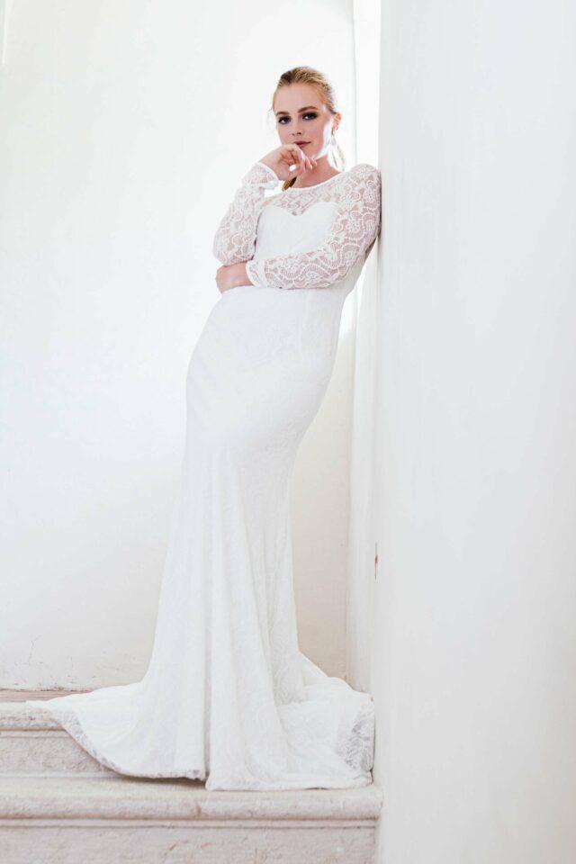Edles Hochzeitskleid langärmlig – nachhaltig aus recycelter Spitze – Rosella