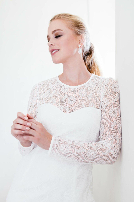 edles Hochzeitskleid langärmlig