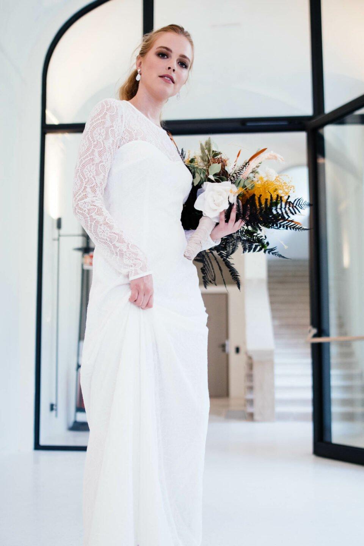 Langärmliges Hochzeitskleid nachhaltig Allover in Spitze