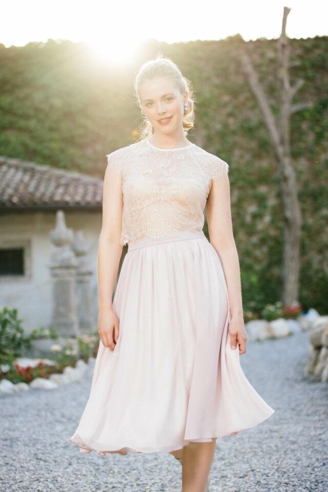Rock zur Hochzeit in Rosa – kurz, aus zart fließendem Chiffon – toll mit Spitzenbolero